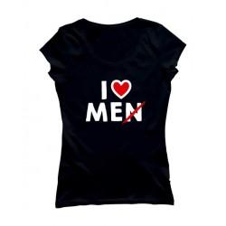 Camiseta love me